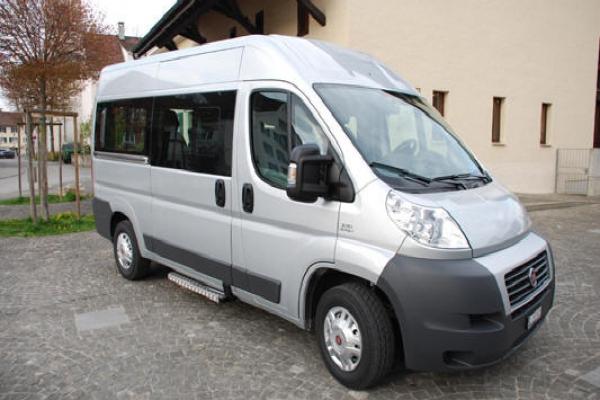bus8-16F7EF443-EE50-CE70-1698-04114E960291.jpg